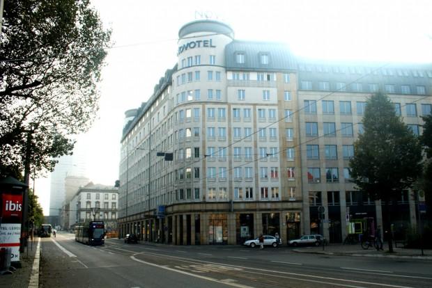 Das Novotel an der Goethestraße. Foto: Ralf Julke