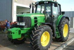 John Deere Traktor Typ 6930. Quelle: PD Leipzig