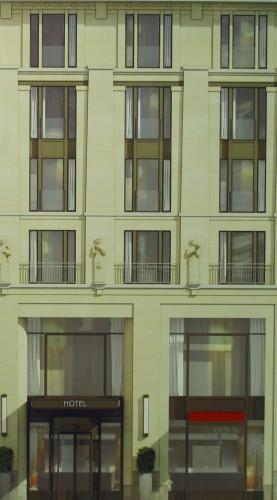 Detail mit Sandsteinfiguren über dem Hoteleingang. Entwurf: Christoph Kohl │KK Architekten GmbH