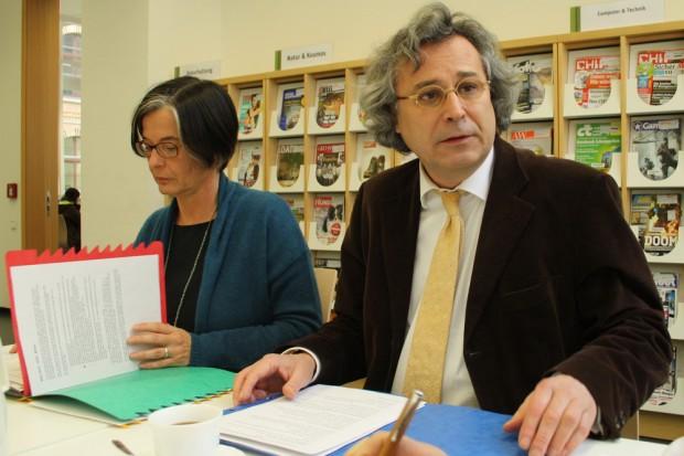 Susanne Metz und Michael Faber bei der Vorstellung der neuen Zahlen zur Stadtbibliothek. Foto: Ralf Julke
