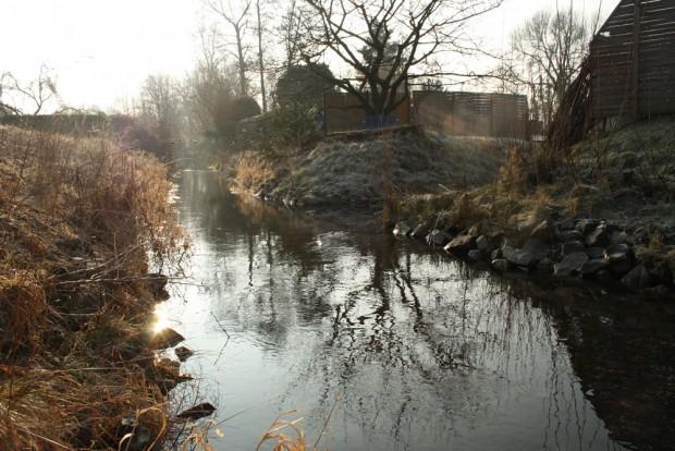 Die Mühlpleiße in Markkleeberg. Foto: Ralf Julke