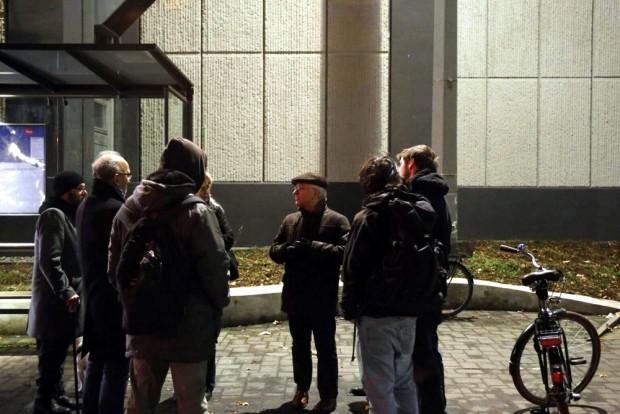 Noch ein bisschen beisammen stehen. Ua. mit Christian Wolff. Foto: L-IZ.de