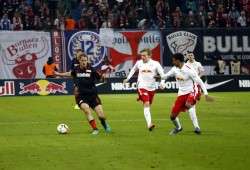 Wo der Ball war, waren die Berliner in der Minderzahl. Foto: Alexander Böhm