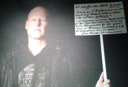 Ein Kaufmann äußert seine Sorgen: Ex-Legida-Chef Silvio Rösler. Foto: René Loch