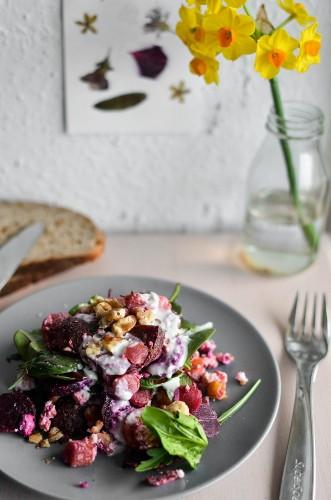 rote bete salat mit rucola feta und waln ssen rezepte suchen. Black Bedroom Furniture Sets. Home Design Ideas