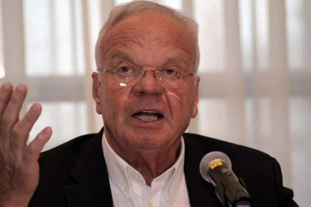 Zerknirscht - VDIK-Präsident Volker Lang. Foto: Matthias Weidemann
