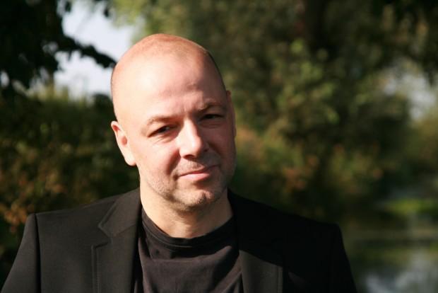 Der Autor Dirk Brauns. Foto: Anna Wesendorf