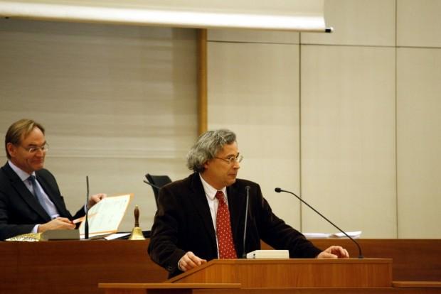Noch-Bürgermeister Michael Faber im Leipziger Stadtrat. Mit der Wahl vorausichtlich im Mai endet seine Amtszeit. Foto: L-IZ.de