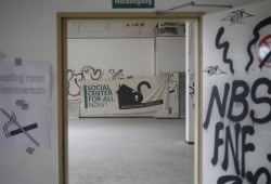 """Wieder in weite Ferne gerückt: ein """"Social Center"""" für alle. Foto: L-IZ"""