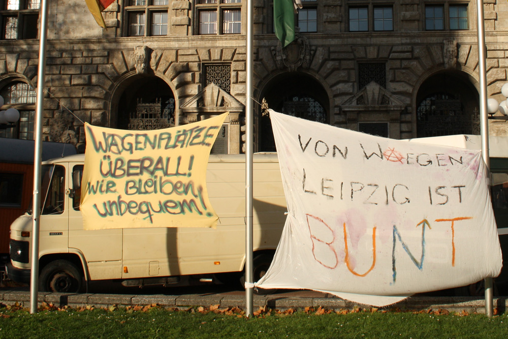 Protest von Wagenleuten im Dezember 2015 vorm Neuen Rathaus. Foto: Ralf Julke