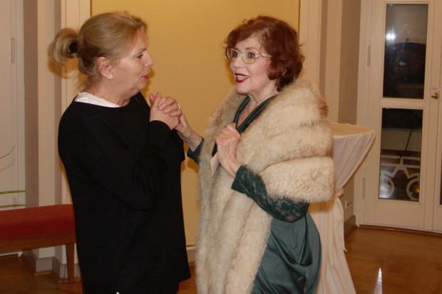 Langjährige Kolleginnen: Barbara Trommer und Ellen Hellwig. Foto: Karsten Pietsch
