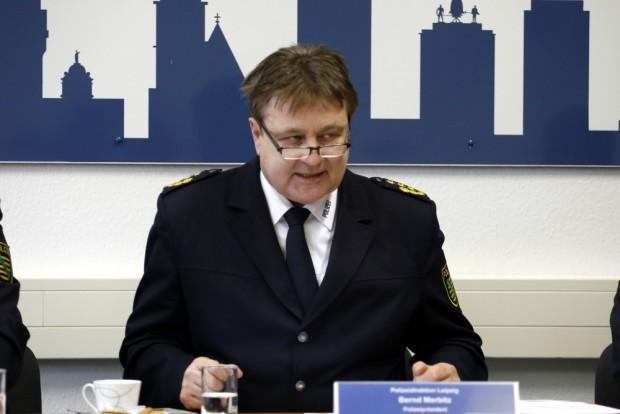 Leipzigs Polizeipräsident kann die Zustände bei LEGIDA nicht fassen. Foto: Alexander Böhm