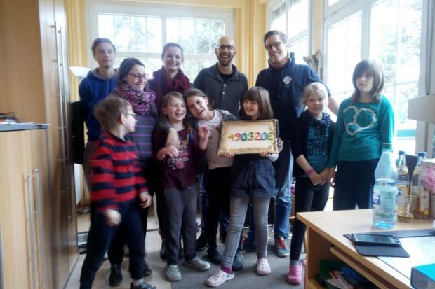 Spendenübergabe Leo-Club. Foto: Hannes Thormann