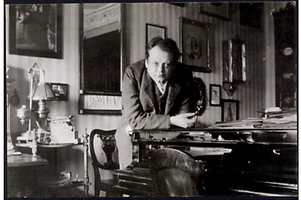 Max Reger in seiner Leipziger Wohnung in der Felixstraße 4 (1908). Foto: Max-Reger-Institut Karlsruhe