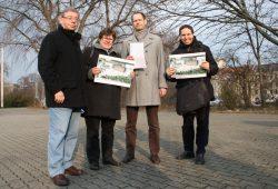 Vor-Ort-Termin mit SPD: Manfred Rauer, Ingrid Glöckner, Heiko Oßwald und Ulf Schindler (v.l.). Foto: Ralf Julke