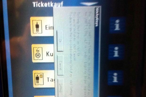 Ticketkauf impossible. Manchmal möchte die LVB auch in den Wagenzügen kein Geld haben. Sieht nach ziemlich alter Software aus.Foto: L-IZ.de