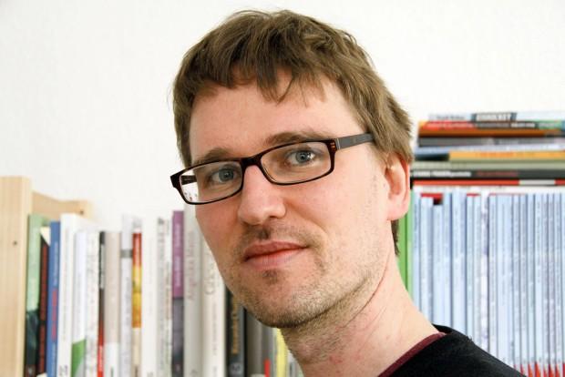 Adam Bednarsky übt scharfe Kritik an der sächsischen Landesregierung.