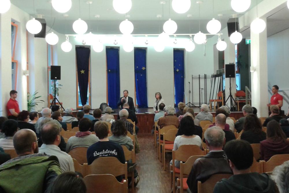 Etwa 150 Interessierte kamen zur Info-Veranstaltung in Stötteritz. Foto: René Loch