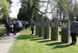 Kranzniederlegung am Denkmal der Opfer des Zweiten Weltkriegs im April 2015. Foto: Stadtverwaltung Eilenburg