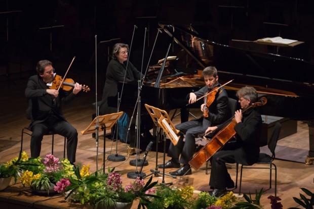 Elisabeth Leonskaja übernahm den Klaviertpart in Robert Schumanns Quartett für Klavier, Violine, Viola und Violoncello. Foto: Gert Mothes