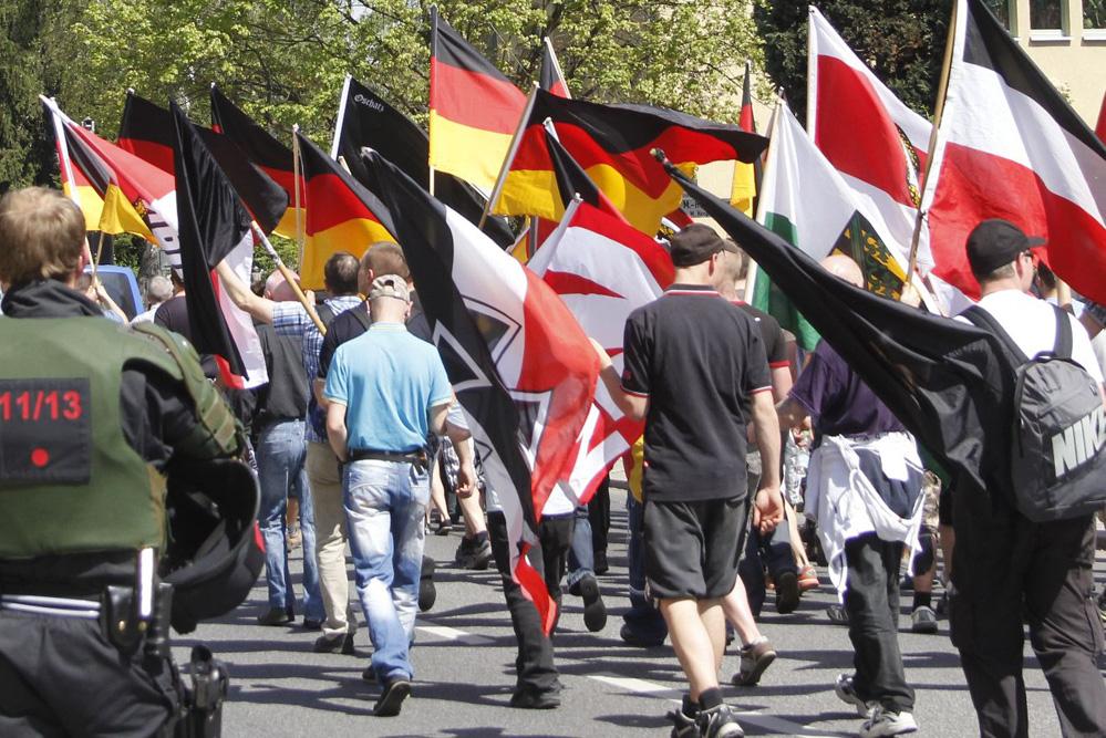 Eine der vielen Neonazi-Demos in Sachsen - hier aus dem Jahr 2011. Foto: L-IZ