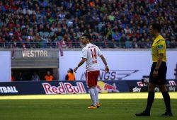 Bereits kurz nach Spielbeginn wurde Massimo Bruno eingewechselt. Foto: Alexander Böhm