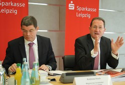 Andreas Koch und Dr. Harald Langenfeld bei der Bilanzpressekonferenz. Foto: Ralf Julke