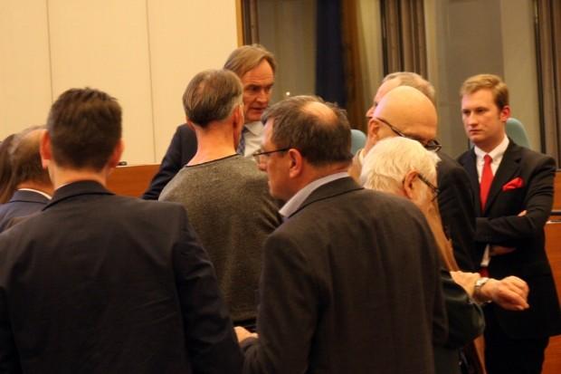 Immer ganz dicht dabei sein, wenn in Leipzig kontrovers diskutiert wird. Foto: L-IZ.de