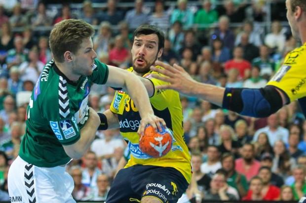Der erst 17-jährige Gregor Remke (DHfK) schlug sich gegen den Tabellenführer wacker. Foto: Jan Kaefer