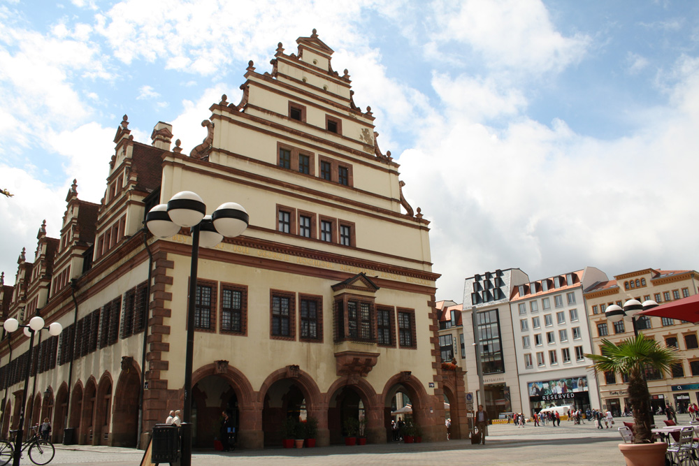 Nordseite des Alten Rathauses. Foto: Ralf Julke
