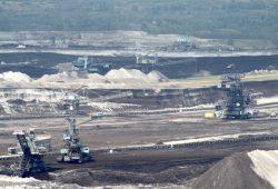 Die Mibrag beliefert das Kraftwerk in Lippendorf mit jährlich rund 20 Millionen Tonnen. Foto: Matthias Weidemann