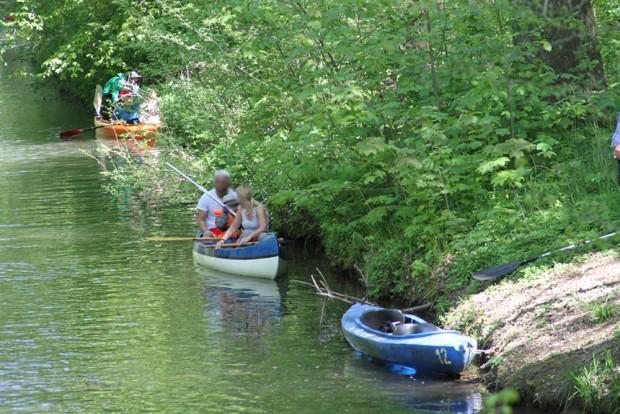 Dicht an dicht lagen die Boote nicht nur auf dem Wasser, sondern auch an Land. Foto: NuKla e.V., J. Hansmann