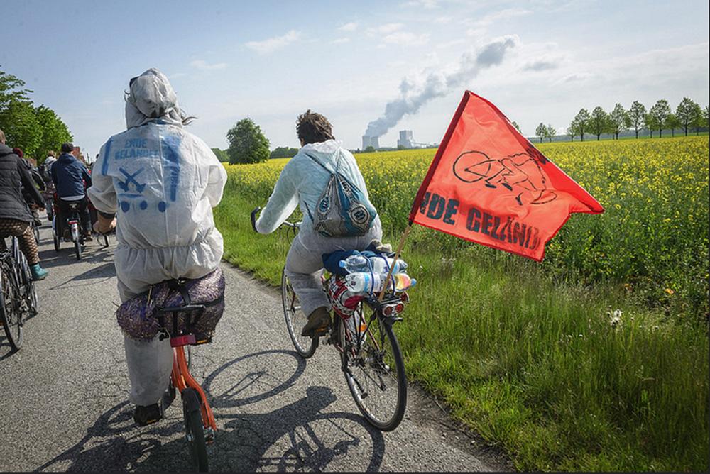 Auf Rädern zum friedlichen Protest in der Lausitz. Foto: Ende Gelände