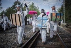Protest auf den Bahngleisen im Vattenfall-Revier. Foto: Ende Gelände