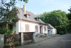 1928 mit der historischen Parkanlage entstanden: das Gärtnerhaus im Mariannenpark. Foto: Ralf Julke
