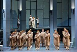 """Wagners """"Götterdämmerung"""" wieder szenisch im Opernhaus zu erleben. Foto: Tom Schulze"""