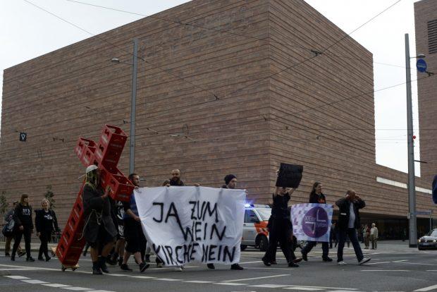 Manchmal gehen die Leipziger auch für ihre Überzeugungen auf die Straße. Foto: Alexander Böhm