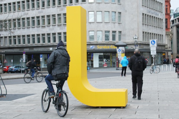 Das frisch geschaffene L im Januar an der Petersstraße. Foto: Ralf Julke