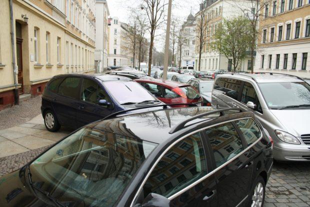 Parksituation in Schleußig. Archivfoto: Ralf Julke