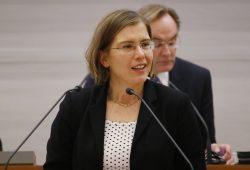 Dr. Skadi Jennicke bei einer Rede im Leipziger Stadtrat. Foto: L-IZ