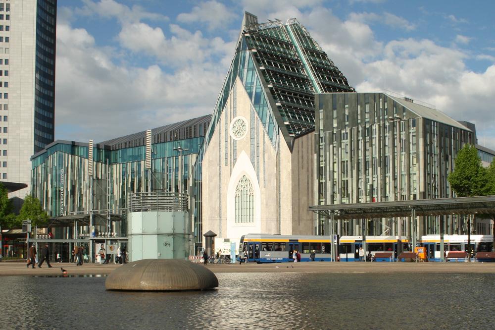 Blick auf das Bauensemble am Augustusplatz. Foto: Ralf Julke
