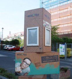 Wohnen wie Gerstäcker? Wogetra-Werbe-Paket an der Salomonstraße. Foto: Ralf Julke