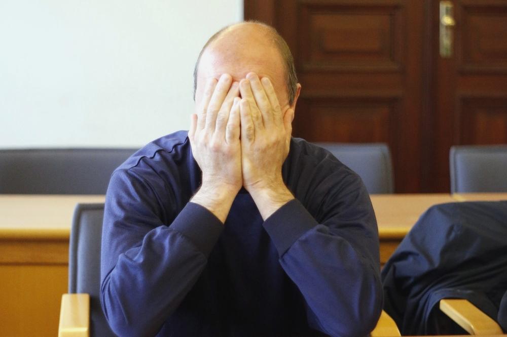 Andreas K. ist vorm Landgericht wegen Kindesmissbrauchs angeklagt. Foto: Alexander Böhm