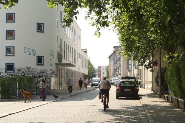 Die Biedermannstraße in Connewitz. Foto: Ralf Julke