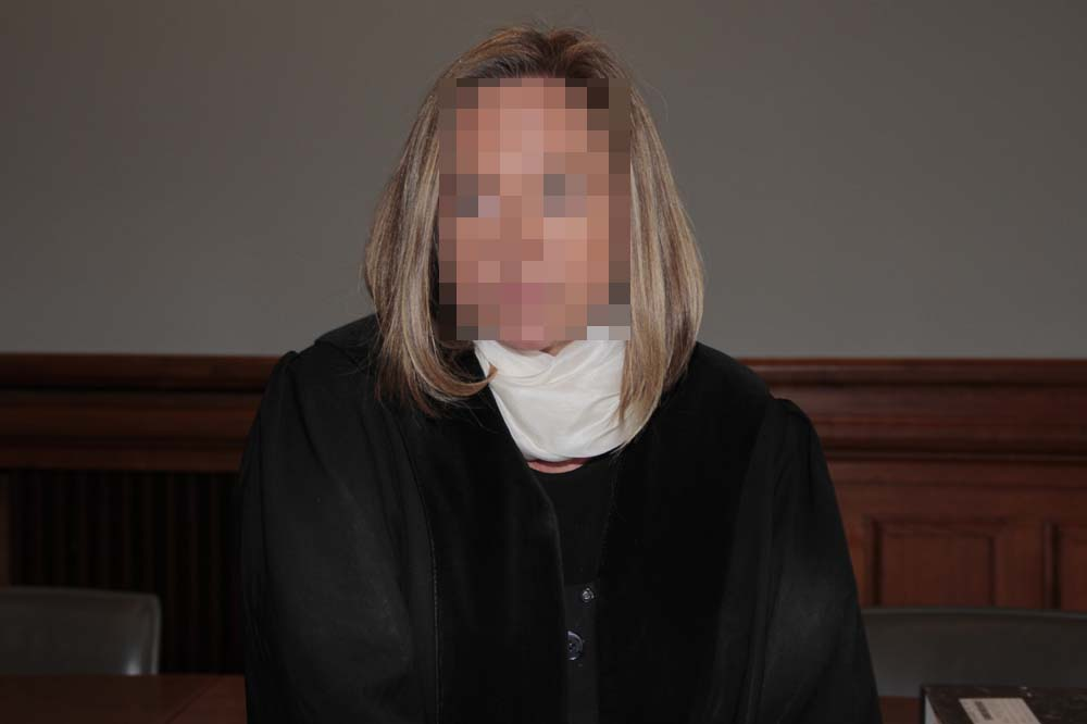 Oberstaatsanwältin Elke M. sieht sich mit Ermittlungen konfontiert. Foto: Martin Schöler