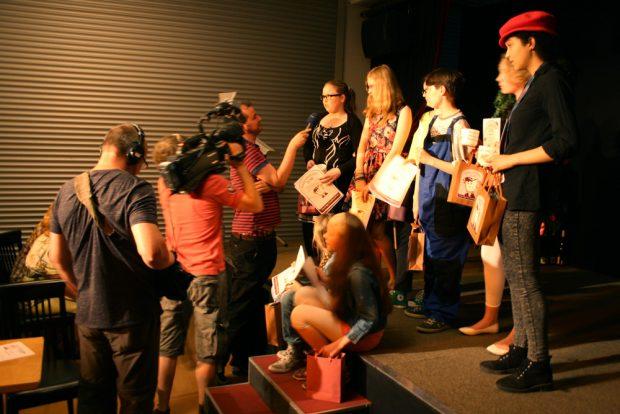 Diesmal war auch das Fernsehen beim Gaggaudebbchen 2016. Foto: Ralf Julke