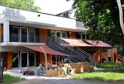Premiere: In der Elsterstraße 2a hat die LWB erstmals in ihrer Geschichte eine Kindertages¬stätte errichtet. Foto: LWB/Waltraud Grubitzsch