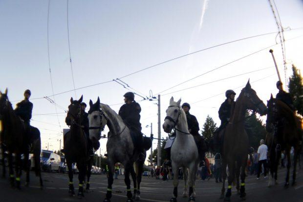 Auch die Polizei heut stolz zu Pferde. Foto: L-IZ.de