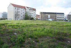 Auch östlich des Hauptbahnhofs soll wieder gebaut werden - aber bislang keine Sozialwohnungen. Foto: Ralf Julke