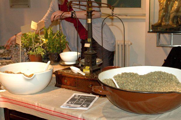 Was steckt in einer Teemischung? Foto: SAML